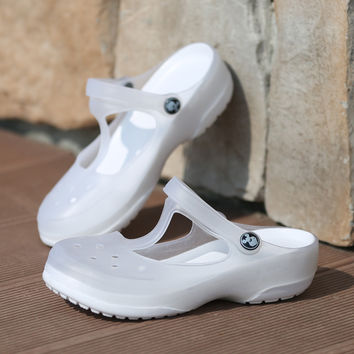 Free Shipping Woman Girl Summer White Color Sandals Hollow croc Beach Shoes Leisure Girls Jelly Female Garden Shoes Mules Clogs