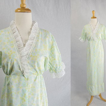 Vintage 1970s Bed Jacket Robe Sweet Light Floral Yellow and Blue Lace Ruffle Collar Full Length