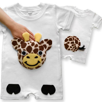 giraffe Onesuit, baby gift, baby shower gift, personalized baby, baby romper, baby boy clothes, baby girl, new baby gift, Onesuit, unique