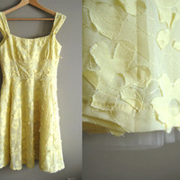 The Yellow Bell - Vintage 90s to Look 50s Flower Applique Dress