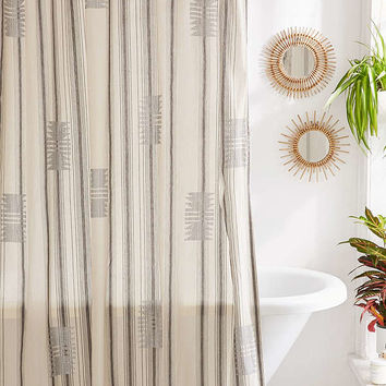 Imari Yarn-Dyed Shower Curtain | Urban Outfitters