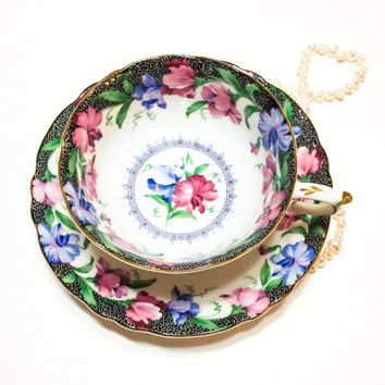 Paragon Tea Cup and Saucer, Sweet Pea Pattern, Black Crackle Rims, Blue & Pink Flowers, Double Warrant, 1940s, Vintage Tea Cup
