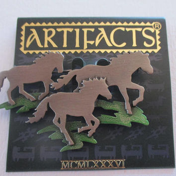 Vintage JJ Pin- Wild horses Ponies Mustangs -Jonette Jewelry Brooch- Artiacts collectible 1986-unique Horse lover gift - Rare- Equine