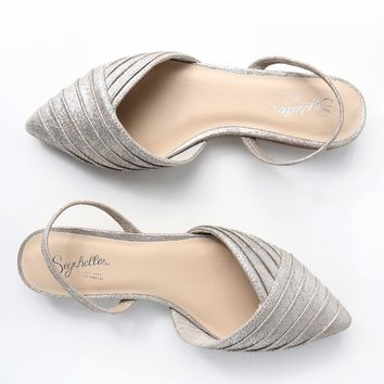 Highly Touted Silver Leather Pointed Flats