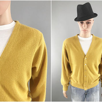1960s Vintage Cardigan Sweater / Mr. Rogers Sweater / Yellow Cardigan Sweater / Sears Sportswear / Preppy Style / Size Large / Golf Sweater