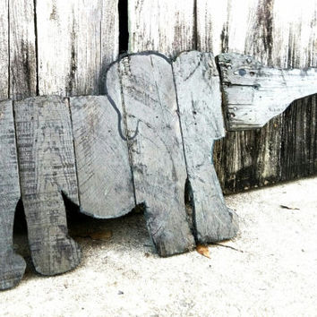 Elephant yard art, Elephant wall art, Elephant nursery art, Elephant Sign, Elephant decor, Pallet Art, Reclaimed wood sign, pallet sign