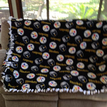 Pittsburg Steelers no-sew, tie style, fleece blanket