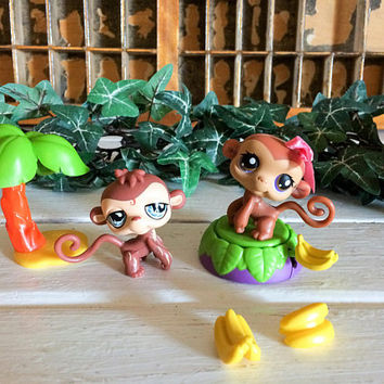 Littlest Pet Shop, LPS Monkey Set, Littlest Pet Monkey, Littlest Pets, Little Pets on the Go, Lps On The Go, Collectible LPS, Hard to Find