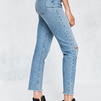 BDG Girlfriend High-Rise Jean - Rinsed Denim Slash | Urban Outfitters