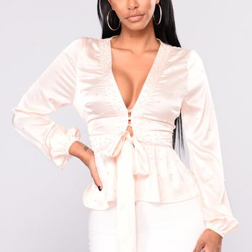 Upfront And Personal Pearl Top - Cream