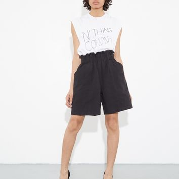 RUFFLE SHORT BLACK