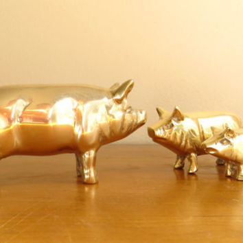 Vintage Brass Pig Figurines, Gold Pig Statues, Hog, Farm Animal Collectible, Pig Paperweight, Mama Pig and babies