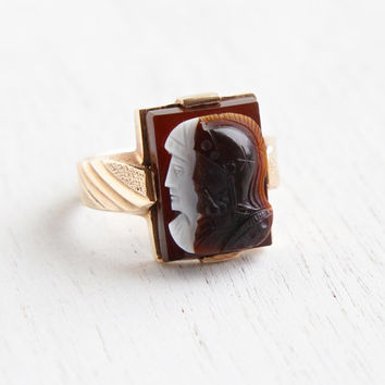 Vintage 10k Yellow Cameo Ring - Art Deco Brown & White Agate Hardstone Roman Warrior Soldier with Lady Size 10 Men's Fine Jewelry