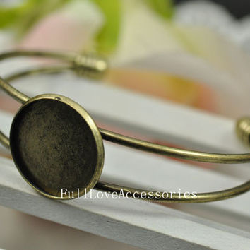 1pcs Antique Brass  Cameo Bracelets Setting Fit 20mm Cabochon Setting,  Bezel Setting, Frame, Base