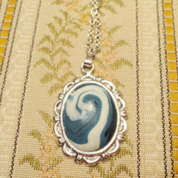 White swirl necklace made from white and blue by NellinShoppi