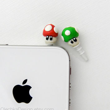 Nintendo Mario Mushroom Pluggy iPhone Earphone Plug, Dust Plug, Cellphone Geek Accessories, Polymer Clay