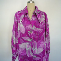 Vintage Blouse / Magenta Feathers Novelty Print / Pykettes 1970s 70s  / Size Large L XL Plus