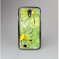The Vibrant Green Outlined Floral Skin-Sert Case for the Samsung Galaxy S4