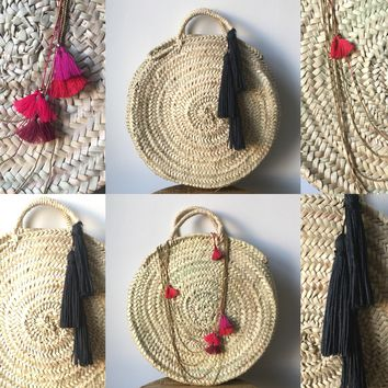 17 Inch Round French Market Basket Seagrass Natural Woven Bag with Black Hemp Tassels
