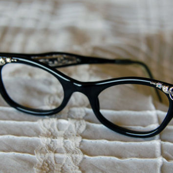 1950's Black and Silvertone Cat Eye Eyeglass by BoldSparrowVintage