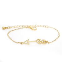 Shoot for the Moon Gold Bracelet