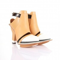 Peek Tan Heels | Abcense | Shop | NOT JUST A LABEL