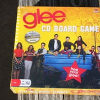 GLEE Board  Game Trivia Family Board Game NEW