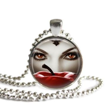 Once Upon A Time Evil Queen 1 Inch Silver Plated Pendant Necklace Handmade