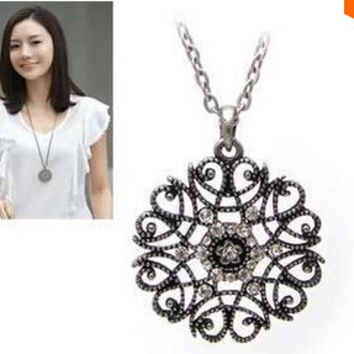 Satr Jewelry 2016 New Design European Pop hollow flower long necklace sweater chain necklaces & pendants Fro Woman 2016 new