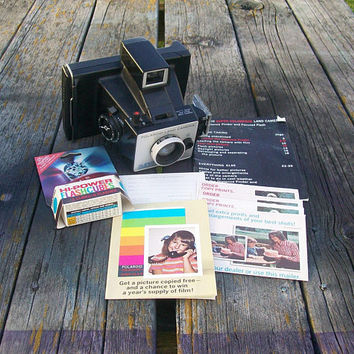 Vintage Polaroid Super Colorpack Land Camera with Distance Finder and Focused Flash 1970s