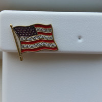 USA Flag Diamond Brooche Pin with 20 Diamonds, .20 Carat weight, Gorgseous Masterpiece!