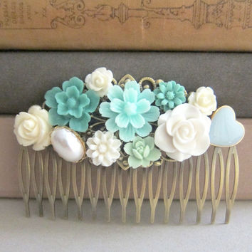 Turquoise Hair Comb Mint Blue Wedding Pastel Bridesmaid Gift Bridal Head Piece Maid of Honor Mother Sister Shabby Chic Floral Flower Comb