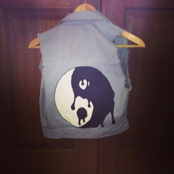 DIY Denim Vest with hand painted Yin Yang Sign