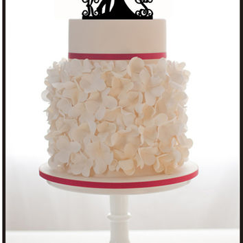 Wedding CAKE TOPPER Silhouette With 2 Monogram Initials for Groom and Bride