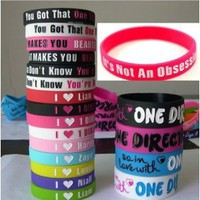 Amazon.com: 20pcs I Love ONE Direction Bracelet Silicone Wristband so in Love Heart 1d 20pcs: Sports & Outdoors
