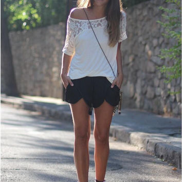 White Laced One Shoulder Short sleeve T-Shirt