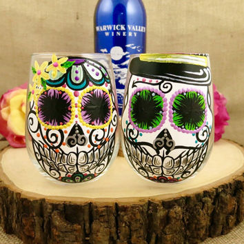 Hand Painted 12oz Stemless Wineglass Sugar Skull Couple Set