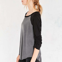 Truly Madly Deeply Zoey Baseball Tee - Urban Outfitters