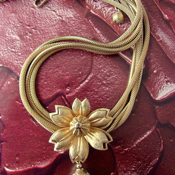 Gold Tone Mesh Multi Chain Flower Necklace, Pine Cone Pendant, Vintage