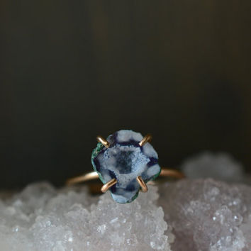 Blue Tiny Geode Ring. 14k Gold Filled Blue Stone Ring. Miniature Geode White Blue Stone Jewelry. Boho Ring. Tabasco Geode Natural Jewelry