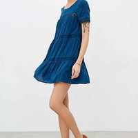 Alice & UO Eleonora Crochet Inset Dress