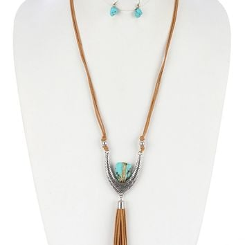 Patterned Faux Suede Tassel Natural Stone Wire Wrapped Aged Finish Necklace Earring Set