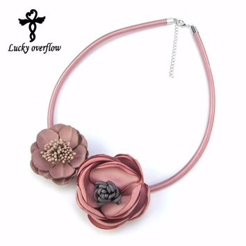 2018 Fashion Handmade Fabric Flower Necklaces & Pendants Statement Necklace Choker Women Necklace Jewellery Best Valentine Gift
