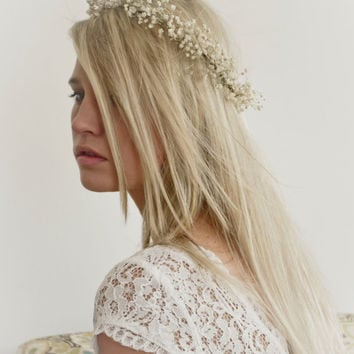 Babys Breath Crown Halo / Hair Wreath Natural Dried Gypsophila Flowers For Bride / Blessingway