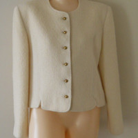 Jackie O Womens Blazer Cropped Blazer / Jackie Kennedy Ivory Blazer Wool Blazer Traditional Clothing Winter Clothing 60s Blazer Cream Blazer