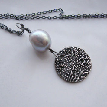Silver paisley necklace with gray pearl - feminine, romantic necklace, artisan handmade