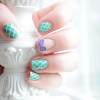 Disney Ariel The Little Mermaid Inspired Hand Painted Fake Nails