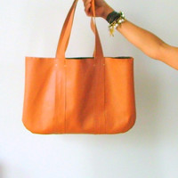 Handmade vegan leather handbag tanned