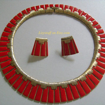 Retro LES BERNARD Gold Tone Enameled W/Super Sexy HOT Red Lipstick Color Enamel Piano Keyboard Notes Design? Fringe Panels Necklace&Earrings