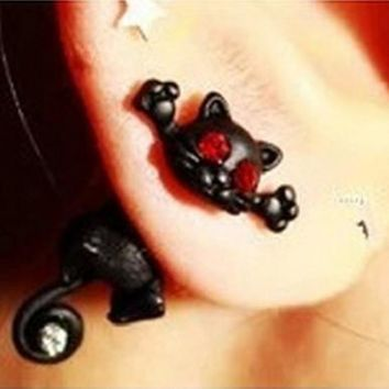 Fashionable Cat Studded  Earrings For Women
